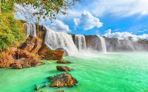 Dry Nur Beautiful Waterfall In Vietnam With Turquoise