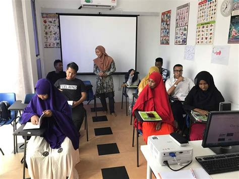 EXCELLENCE ENGLISH LANGUAGE LEARNING CENTRE SDN BHD (ELC)