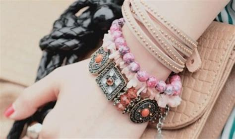 Exclusive Girly Accessories Profile Pictures - We Need Fun